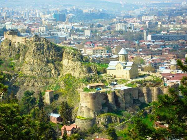 تور-گرجستان | تور مسافرتی یلدا سیر پارسیان